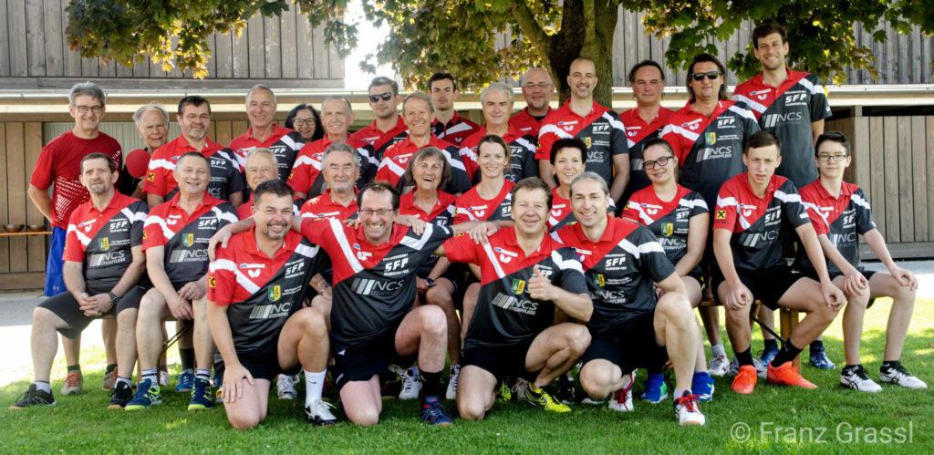 Gruppenfoto TTC Feldkirchen nach der Vereinsmeisterschaft im Doppel 2019